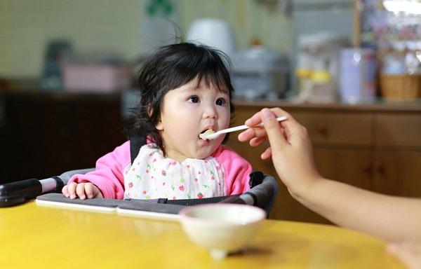 Hướng Dẫn Cách Cho Bé Ăn Dặm Khoa Học Nhất