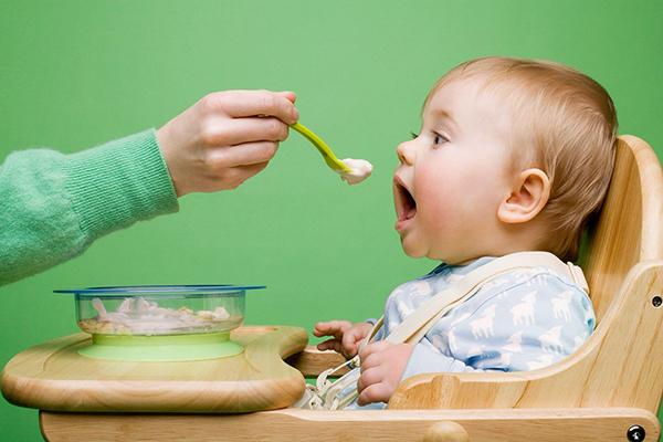 Cách Nấu Cháo Dinh Dưỡng Và Thực Đơn Ăn Dặm Cho Bé 6 Tháng Tuổi