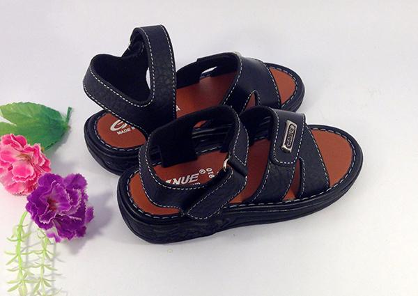 Mách Mẹ Cách Chọn Giày Cho Bé Yêu Nhà Bạn