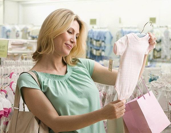 6 Sai Lầm Khi Mua Quần Áo Trẻ Sơ Sinh Của Các Bà Mẹ Sinh Con Đầu Lòng