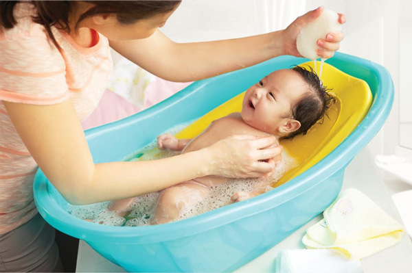Mùa Đông, Trẻ Sơ Sinh Một Tuần Không Tắm Có Sao Không?