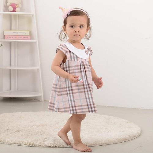 Đầm Mặc Nhà Cho Bé Gái Với Kiểu Dáng Đa Dạng, Thoải Mái Chào Hè