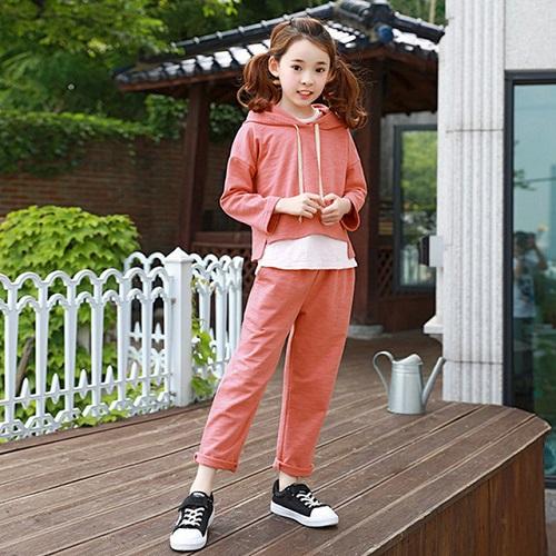 Thời Trang Trẻ Em Hàn Quốc Xinh Xắn Cùng Quần Áo Thể Thao Cho Bé Gái