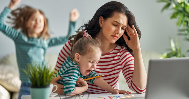 Single Mom nghĩa là gì? 10 điều cần biết về mẹ đơn thân